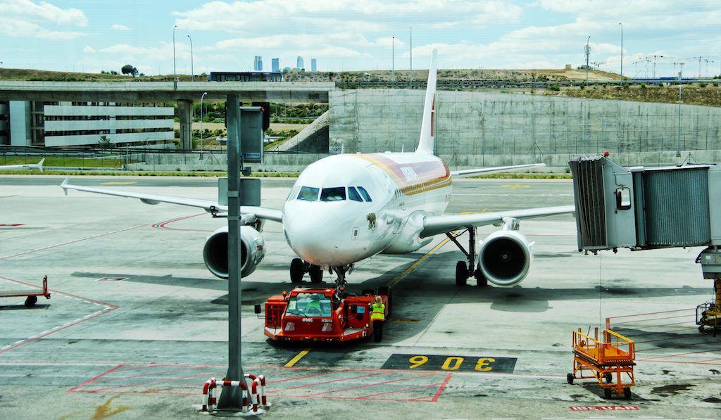 Airplane-Maintenance